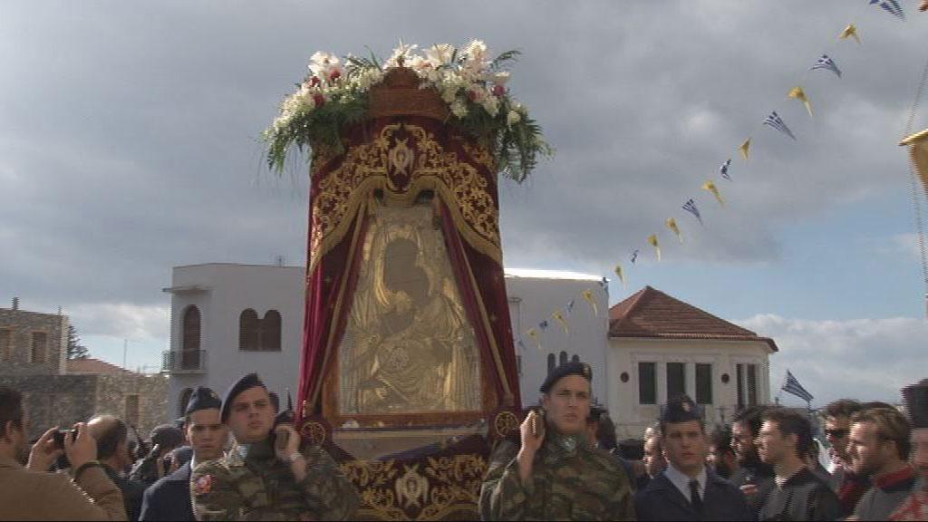 Μητροπολιτικός Ιερός Ναός Υπαπαντής του Χριστού Καλαμάτας - Αρχιερατικός Πανηγυρικός Εσπερινός    1-2-2013