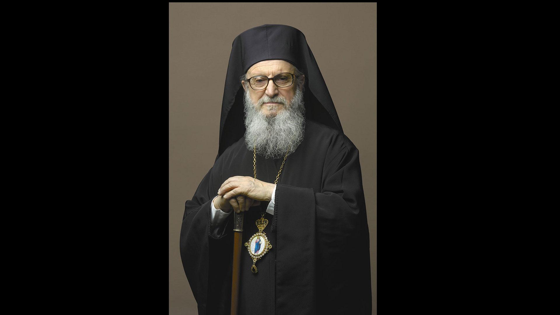 Ο Σεβασμιώτατος Αρχιεπίσκοπος Αμερικής κ. Δημήτριος απευθύνει εκ μέρους της Ομογένειας της Αμερικής εορταστικό μήνυμα και ευχές για τα Χριστούγεννα και το Νέο Έτος